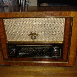 真空管ラジオ ドイツ製