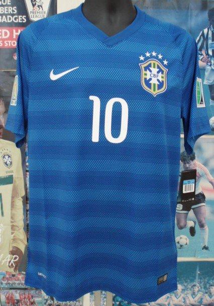 ブラジル(A)2014 8選手N&N +パッチ