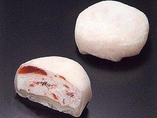 ぎゅうひ苺クリーム包み 《冷凍》