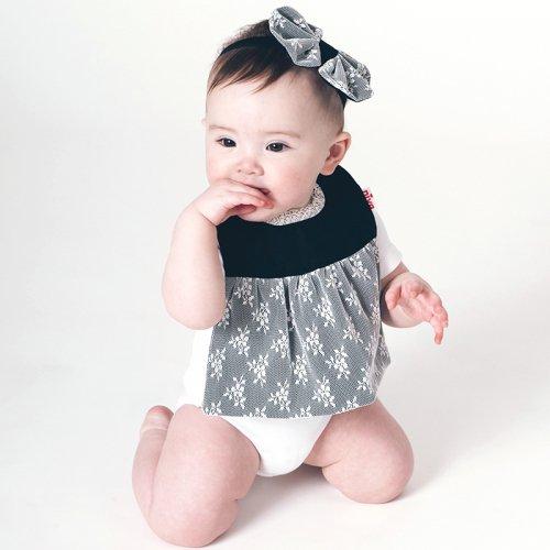首元がキュートな花柄レーススタイ/Lace Dress bib(2色展開)