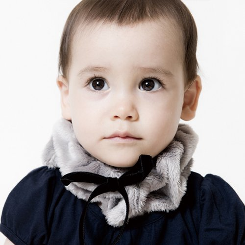 柔らかなボアが温か赤ちゃん用ネックウォーマー/Soft boa neck warmer