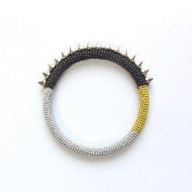Knitting Vanessa  メタリックスパイクバングル