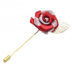 華やかな薔薇・レッド×シルバーのラペルピン(ピンブローチ)