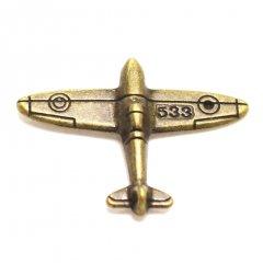 飛行機・アンティークゴールドのラペルピン・ブローチ