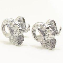 立派な角を持つヒツジ羊のカフス(カフリンクス/カフスボタン)