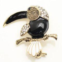 オニオオハシ鳥のシックなラペルブローチ・ラペルピン