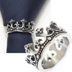 ネクタイリング・王冠モチーフ×ユリデザインのタイリング (スカーフリング)