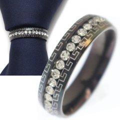 名入れ刻印サービス対象/ネクタイリング・マンジ柄×クリアストーン・ブラックのタイリング (スカーフリング)
