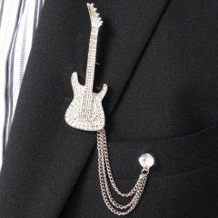 ラペルピン・きらきらギターのラペルブローチ