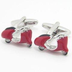 レトロな赤いスクーターのカフス(カフリンクス/カフスボタン)