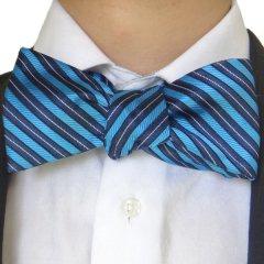 蝶ネクタイ◆ネイビー×ブルーのレジメンタルが爽やかなシルクのボウタイ