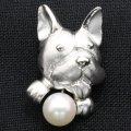 ラペルピン・フレンチブルドック犬・アコヤ真珠パール6.5�のブローチ(タイタック)