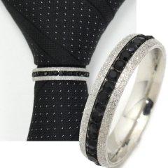 ネクタイリング・ラメシルバー×ブラックストーンのゴージャスなタイリング(スカーフ留)