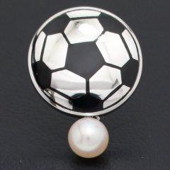 ラペルピン・スポーツ好きさんにサッカーボール・アコヤ真珠パール5.0mmブローチ(タイタック)
