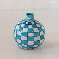 インド ジャイプール陶器の一輪挿し −市松ターコイズ
