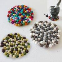 タイの石臼 クロックヒンのフェルトボール マット(鍋敷き)