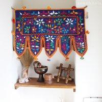 インドの刺繍古布タペストリー トーランSサイズ - A