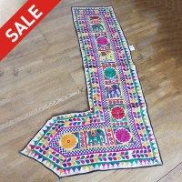 インドの刺繍古布タペストリー トーラン - F