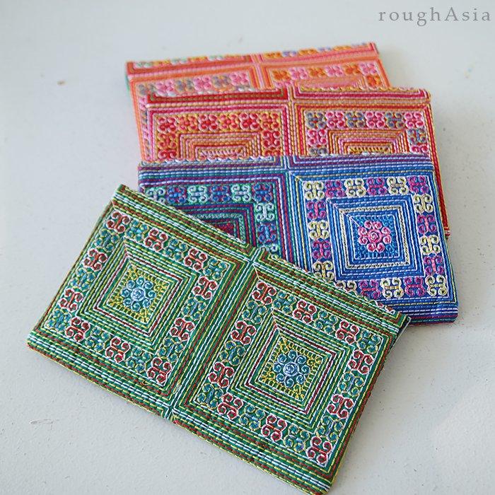 刺繍クラッチポーチ02