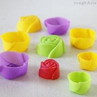 バラの花型シリコンカップ(3個入り)- Sサイズ / Lサイズ