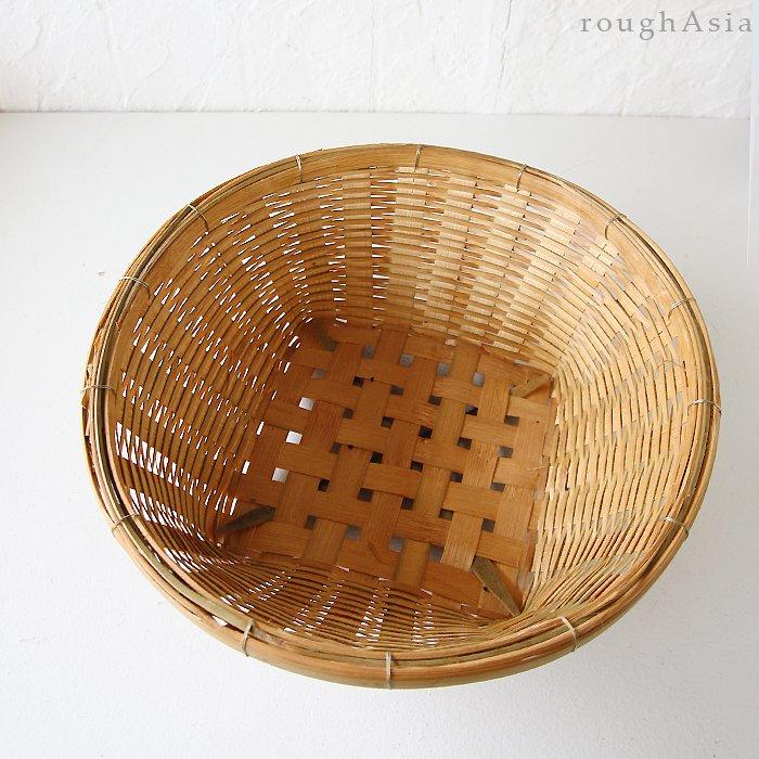 タイ・市場の竹かご/台形