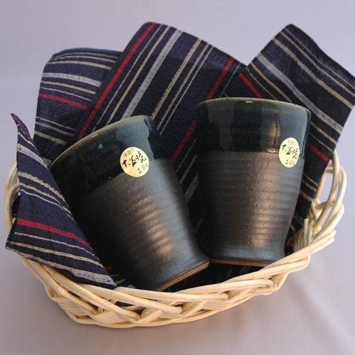 【送料無料】大谷焼 陶器 ペアジョッキ&阿波しじら織のハンカチ【敬老の日】【母の日】【父の日】