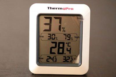 デジタル温度計・湿度計 ギター保管 管理