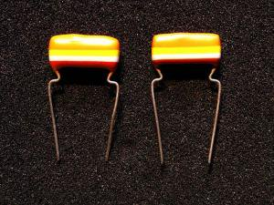 Philips Mullard Tropical Fish Capacitors 0.33uF x 2個