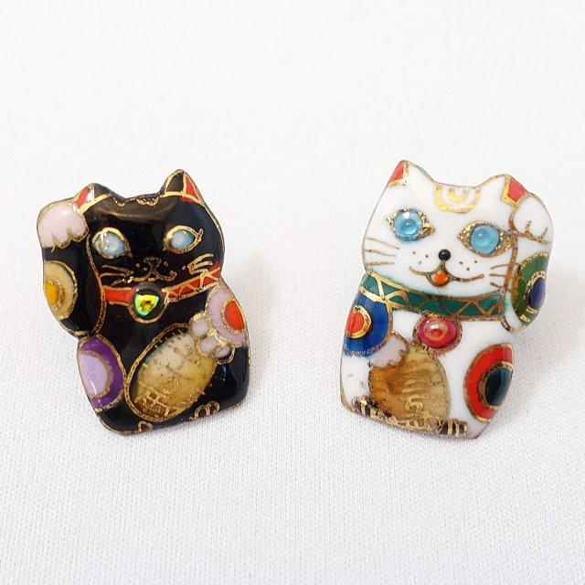 招き猫 ピンブローチ(ピンバッジ,ピンズ)(白)