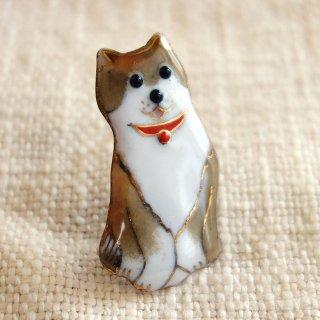 柴犬 の七宝焼ブローチ 1