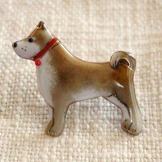 柴犬 の七宝焼ブローチ 2
