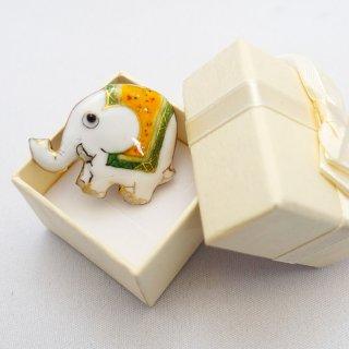 白い象の七宝焼ピンブローチ(ピンバッジ)