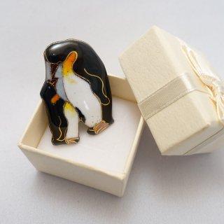 ペンギン親子の七宝焼ピンブローチ(ピンバッジ)