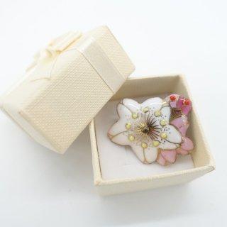 [受注制作]桜の七宝焼ピンブローチ(ピンバッジ) B