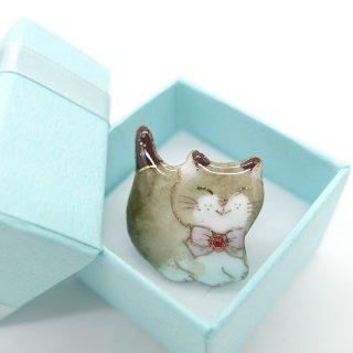 ねこの七宝焼ピンブローチ(ピンバッジ)  蝶ネクタイ猫