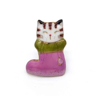 ねこの七宝焼ピンブローチ(ピンバッジ)  ブーツ猫