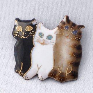 3匹の猫の七宝焼ブローチ