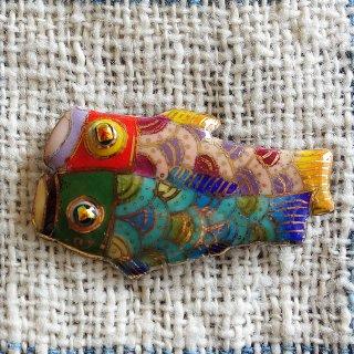鯉のぼりの七宝焼ピンブローチ(ピンバッジ)