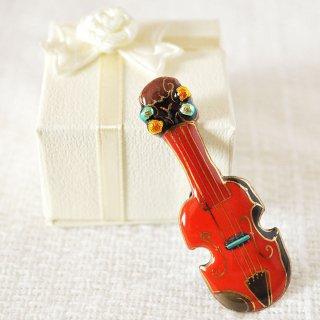 バイオリン[赤]の七宝焼ピンブローチ(ピンバッジ)