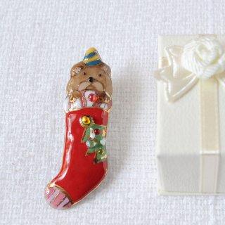 クリスマスのプレゼント靴下の七宝焼ブローチ (1)