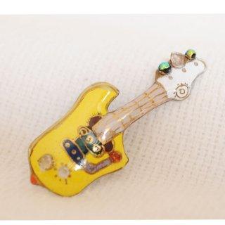 エレキギター[黄]の七宝焼ピンブローチ(ピンバッジ)