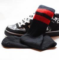 ◆22インチ(約52cm) 黒ボディー  赤2本ライン