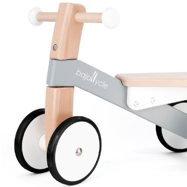 [Bornelund ボーネルンド]BAJO 木の四輪バイク 名入れrセット 足こぎ四輪車