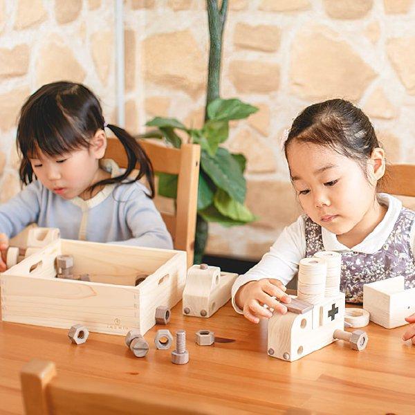 [IKONIH アイコニー ] 整備士セット 名入れセット 木製 工具セット 大工さんごっこ 木製 檜 ひのき 日本産ひのき