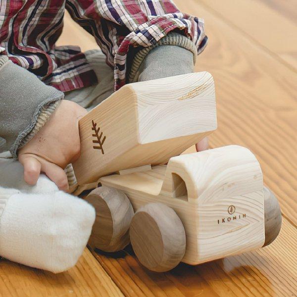 [IKONIH アイコニー ] オルゴールトラック 曲目カントリーロード 名入れセット プッシュトイ 働く車 木製 檜 ひのき 日本産ひのき