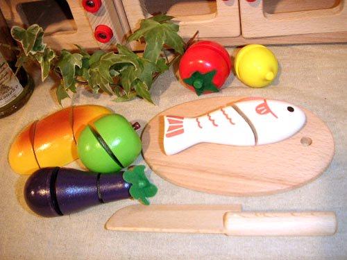 [ダイワ]ミニキッチンシリーズ 木箱入り食材・包丁・まな板のセットA