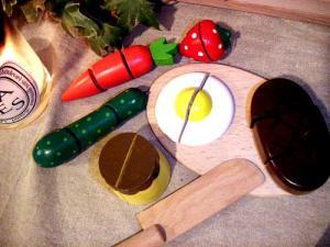 [ダイワ]ミニキッチンシリーズ 木箱入り食材・包丁・まな板のセットB