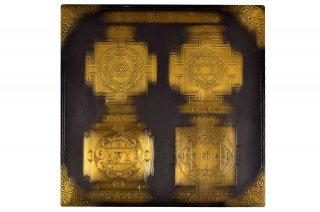 ジュニャーナヴリッディ・ヴィディヤー・プラープティ・マハーヤントラ(約23cm×23cm、アンティーク調、真鍮製)(受注製作)
