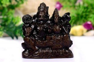 ナラシンハ&ラクシュミー神像(シャーラグラーマ、131グラム)(受注発注品)