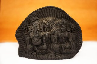 ラクシュミー&ガネーシャ神像(シャーラグラーマ、470g)(受注発注品)